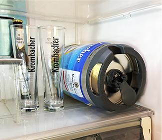 クロンバッハーを冷蔵庫で横にしている画像